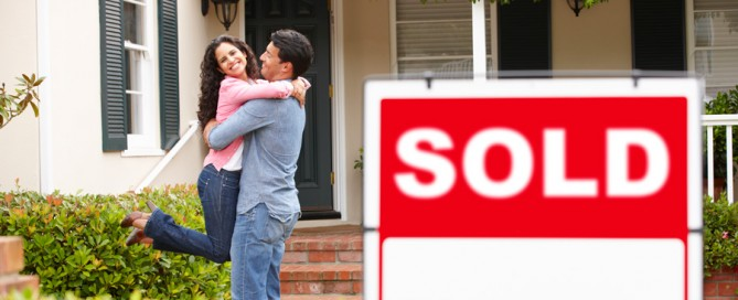It's a daunting world for the first home buyer; skyrocketing median house prices, interest rates and an influx of lending platforms can scare off would-be home owners. First Home Buyer Financing Tips